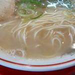 赤のれん - 麺とスープ