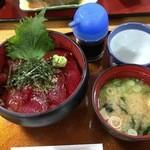 51108622 - 「生マグロ丼」(1200円)