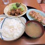 母里屋 - よくばり定食(豚生姜焼きチョイス)2016.05.17