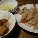 餃子酒場 - 餃子定食B
