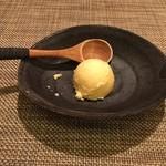 北新地 たくみ - 練乳アイスクリーム
