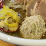 つけ麺 しろぼし - 鶏団子など