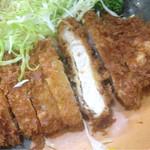 とんかつやまくら - ランチロースかつ定食¥900