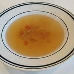 51133875 - コンソメスープ  コクと甘み香りしっかりあります                       麦がプチプチ食感で楽しい♪