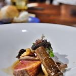 アザレ - 料理写真:鴨のソテー。