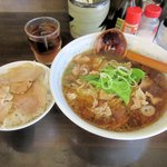 とっぴんぐ - 料理写真:ラーメンミニチャーシュー丼セット2016.05.18