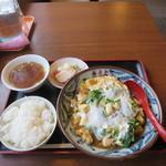 鳳来軒 - 料理写真:ニラ玉定食