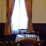 51136732 - 趣ある喫茶室が幾部屋かある