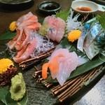海鮮酒菜げんげ - 刺し盛りうまい