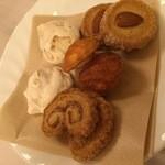 清泉寮新館レストラン - 焼き菓子いろいろチョイス