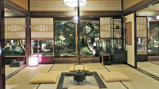 東京 芝 とうふ屋うかい - 囲炉裏のあるお部屋