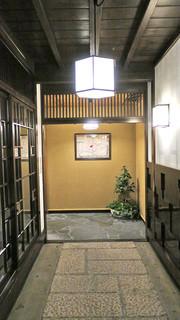 東京 芝 とうふ屋うかい - お部屋までの道のり