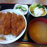 釜平 - ソースかつ丼(950円)