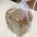 からりパン工房 - 雑穀ブレッド/1斤(690円)※写真はカットして分けた物