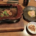 吉法師 - かなり食べちゃってますが、、、鶏むねレアステーキと、ササミと白ネギの黄身酢和え、付き出し。