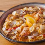 baru Publo - 料理写真:魚介のパエリャ