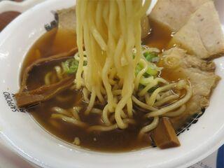 中華そば ひらこ屋 - 自家製麺 中華そばの麺