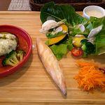 Restaurant la Raison - プレートランチ(和牛ハンバーグ)1200円