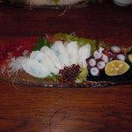太郎兵衛寿司 - 活けタコ造り