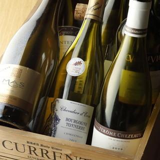 本格肉料理に合う、厳選したワインは豊富に取り揃えております♪