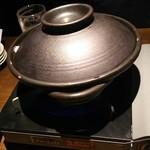 坐・和民 - イベリコ豚のチゲ鍋 この中にお肉が入っています(2016.05.17)