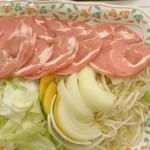 サッポロビール園 ジンギスカンホール - トラディショナルジンギスカンと焼き野菜