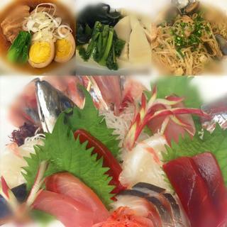 新鮮な魚介類・肉料理