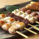 地鶏焼 とりや - 料理写真:秋田高原比内地鶏炭火焼鶏