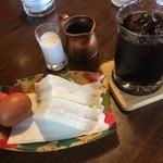 珈琲館クィーン - 料理写真:モーニングセット