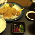 Arimaya - ありまやランチ              国産豚ロースカツ ¥840-              (ご飯おかわり自由・コーヒー付)