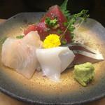 ひろ寿司 - 刺身盛り合わせ