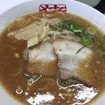 中華そば 猪虎 - 美味しい〜スープでした。