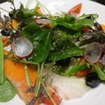 リセラ リナーシェ - サーモンと鯛のカルパッチョ