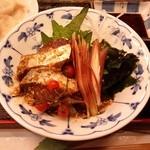 小料理 はかた伊達 - 「季節魚の胡麻和え」です。美味しい胡麻鯖です。