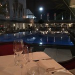 HOTEL CIPRIANI RESTAURANT - テーブル席より。