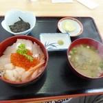 たっぴ - 料理写真:海峡丼