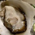 笑彩酒房 まっちゃん - 愛知県産岩牡蠣