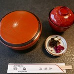 51218893 - 親子丼(870円)