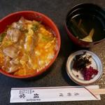 51218902 - 親子丼(870円)