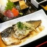 恵比寿 魚一商店 - 鯖の味噌煮定食