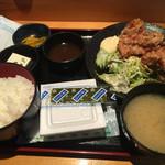 個室居酒屋 とくいちの屋 - 鶏の唐揚げ定食¥780