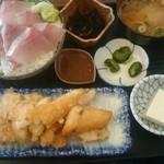魚菜はざま - メカジキ定食 小丼付き1200円