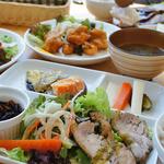 湘南平展望レストラン Flat -