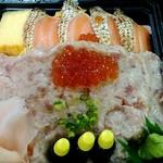 三松寿司 - サーモンとネギまぐろちらし