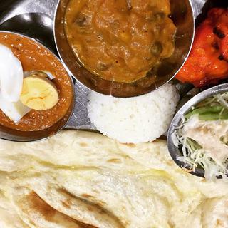 インド&ネパールレストラン&バー サグン - 日替わりは玉子の日。チキンテッカ美味すぎる。