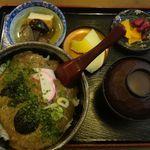 桃屋 - 天然自然薯のとろろどんぶり。桃屋(愛知県豊田市)食彩品館.jp撮影