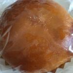 マルキベーカリー - クリームパン