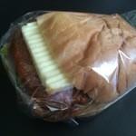 サンドーレひよし - 煮込みハンバーグ