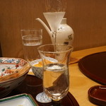 赤坂 詠月 - シャンパーニュグラスで九平次を