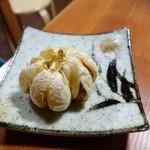 まるは - 2016年3月 にんにくのバクダン揚げ【190円】